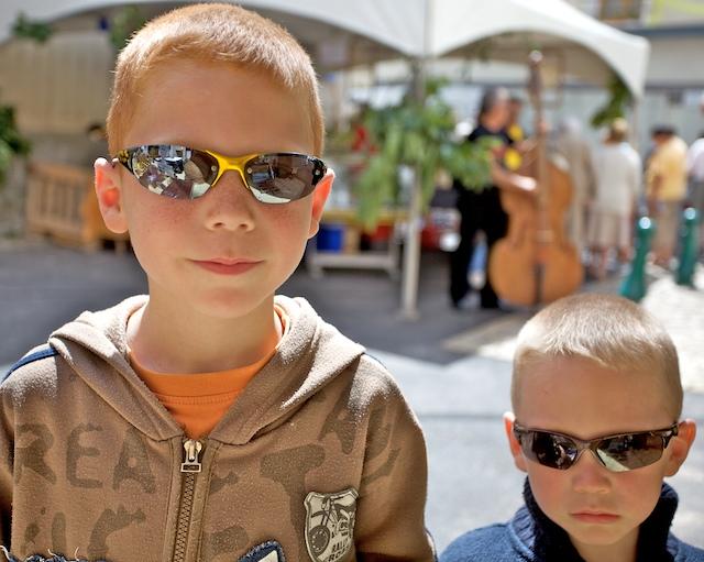 Les lunettes noires00016