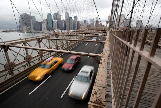 Le pont et les voitures  00501