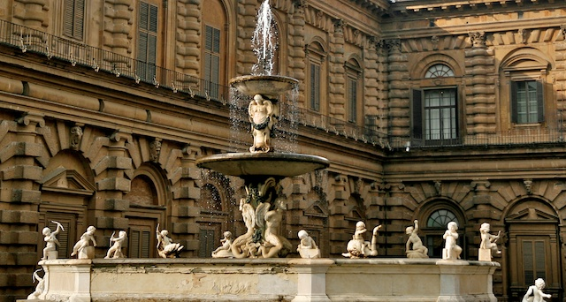 Palais Pitti 00574